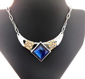 Купить женское гематитовое ожерелье с большим камнем в Минске