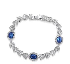 Браслет с синими и белыми Австрийскими кристаллами