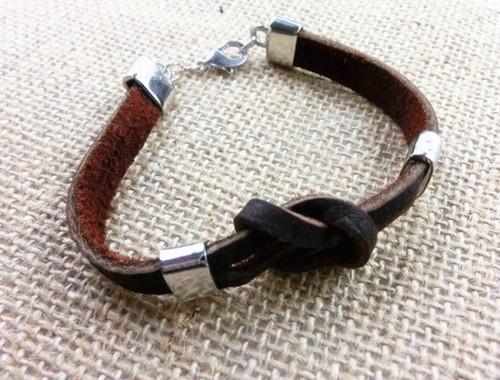 Купить браслет из натуральной кожи коричневого цвета в Минске