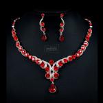 Ожерелье и серьги с красными кристаллами Swarovski